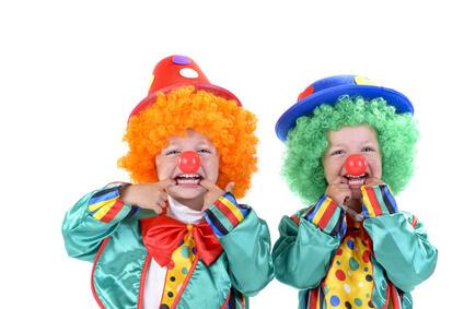 kinder clowns