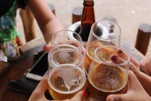 Kan man reducere studerendes alkoholindtag?